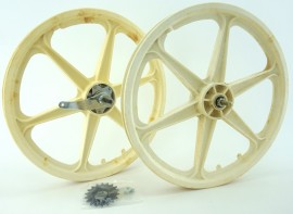 "1986 NOS 20"" Skyway OEM Six-Spoke Coaster Brake Tuff Wheels WHITE"