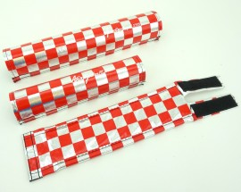 "FLITE ""Anodized"" Checkerboard pad set CHROME / RED"